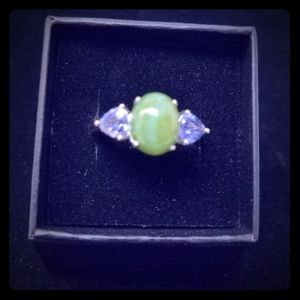 Sterling silver jade and amethyst ring